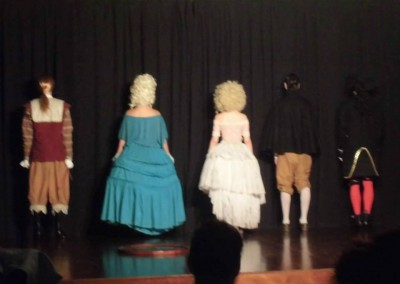 Actriz en Las preciosas ridículas de Moliére. Personaje Madelón. Dirección Omero Cruz. ESAD Sevilla. Junio 2013. (2)