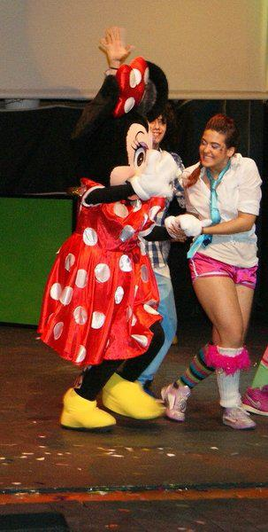 Bailarina en Show mágico de Disney. Coreografía Emi G.Teatro Alcalá de Guadaira (Sevilla). Diciembre 2009. (3)
