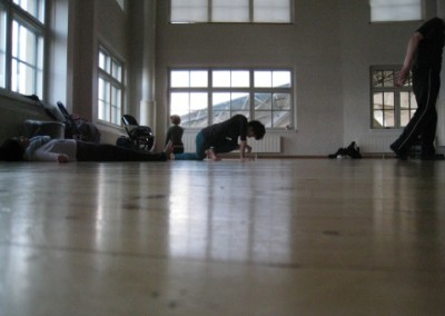 Miembro del grupo performático Research Group in Interdisciplinary Improvisation. Coordinan James Andean y Alejandro Olarte  University of the Arts. Helsinki (Finlandia). Octubre y Noviembre 2012.  (1)